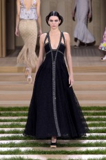 kendall-jenner-chanel-haute-paris-fashion-week-show