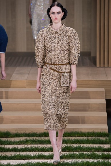 SARAH-BRANNON-CHANEL-SPRING-2016-COUTURE-1