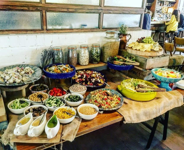 hoxton-sunday-brunch-salad-buffet