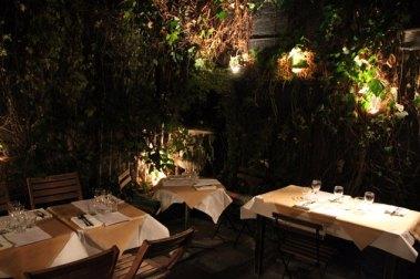 aurora-soho-courtyard
